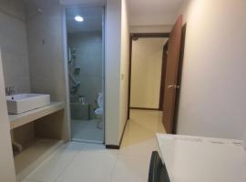 3BR 38GL Suites 2, Singapore
