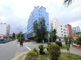 3BR 38GL Suites 3, Singapore