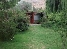 Domos y Cabañas Elqui, Pisco Elqui
