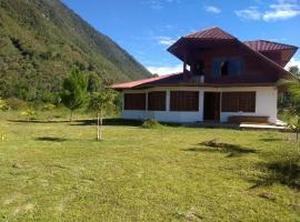 Hermosa casa de campo, Oxapampa