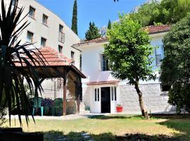 Lemon tree villa, Kotor