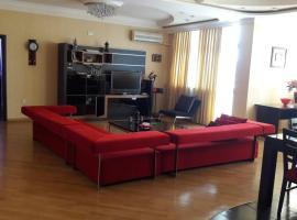 A+ Central Apartament1, Баку