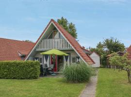 6 pers. holiday home with large garden, Anjum