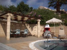 Villa Helios, Kalathos