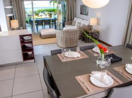 Plage Bleue Premium Seaview Suites by Dream Escapes, Tamarin