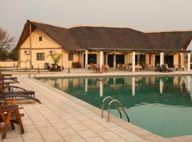 Complexo Turístico Kambumbe Lodge, Menongue