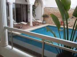 piscine petit déjeuner gratuit jaccuzzi et billard, Ngor