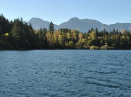 Lake of the Woods Resort, Hope