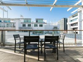 Princes Wharf 1BR Waterfront Apt in the Viaduct Harbour, Auckland