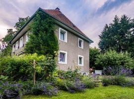 Domizil Familiär, Graz