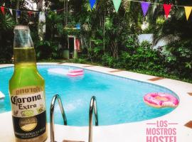 Los Mostros Hostel- Adults Only, Panama (ville)