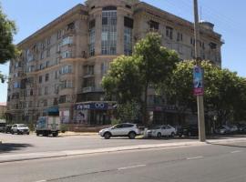 Апартаменты из 5 комнат в центре города с охраной, Tashkent