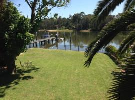 Georges River view home, Sandy Point
