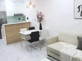 Rivergate Apartments Luxury 2 Bedrooms Apartments with Riverview, Ho Chi Minh