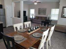 The Welch - Super Bowl Home Sleeps 14 / 2 miles from Downtown, Atlanta