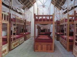 Youth hostel, Ambondrona