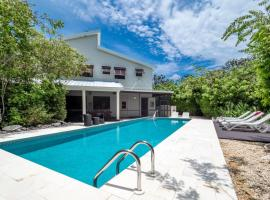 Hidden Escape by Cayman Villas, Bodden Town