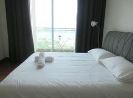Splendid Holiday Condo @ Paragon Suites, Johor Bahru