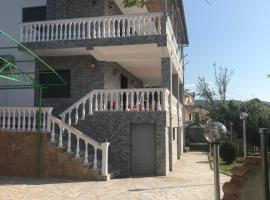 Guest House Xhuljon, Berat