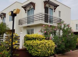 Pelican Place, Accra