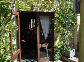 Art & Garden Retreat, Fremantle