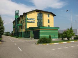 Hotel Cubic, Laktaši