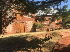 Dean's Hillview backpackers,Campsite,Bar & Restaurant, Chipata