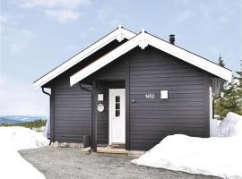 Three-Bedroom Holiday Home in Sjusjoen, Sjusjøen