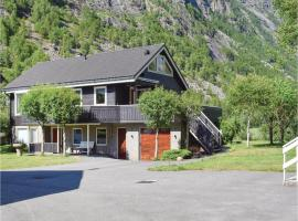 Four-Bedroom Holiday Home in Dirdal, Dirdal