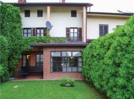 Two-Bedroom Apartment in Dobrovo v Brdih, Dobrovo