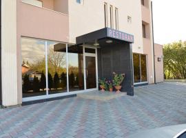 Hotel Konstantin, Prishtinë