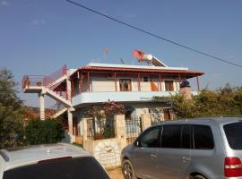 Vila Shahin Ahmeti, Ksamil
