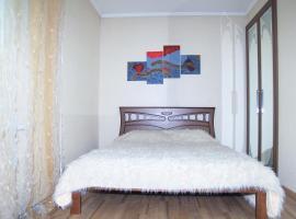 Nikolayev apartment in center, Nikolayev