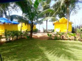the beach house agonda, Canacona