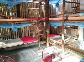 Bora's Place M'pai Bay, Koh Rong Sanloem