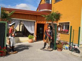 Ubytovanie U Piráta, Tomčany