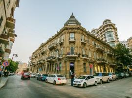 Axundov 3 Beds Apartment, Baku