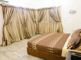 Droptop Suites, Igboefon