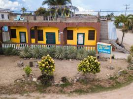 D's Hostel, Dangriga