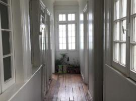Clásica casa porteña con vista al mar, Valparaíso