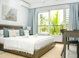 Plage Bleue Beachfront Suites by Dream Escapes, Trou aux Biches