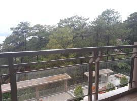 Outlook Ridge Residences- North Wing 412, Багио