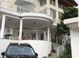 Villa Nicolas, Borsh