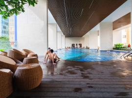 KIRAKUAN PARKVIEW 2BR Pool/Gym/Balcony, Ho Chi Minh