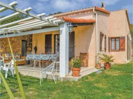 Three-Bedroom Holiday Home in Cargese, Cargèse