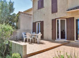 Four-Bedroom Holiday Home in Santa Maria Poggio, Сен-Флоран