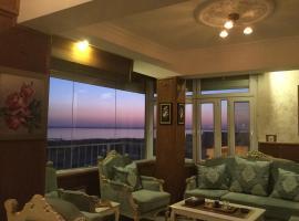 Al Nahrain Hotel, Neshed Ali