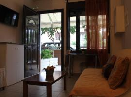 Anastasia's ground floor apartment, Pireus