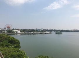 75 Nhat Chieu Homestay, Hanoi