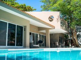 Casa Matuk 3 by Homing Bird Rental, Playa del Carmen